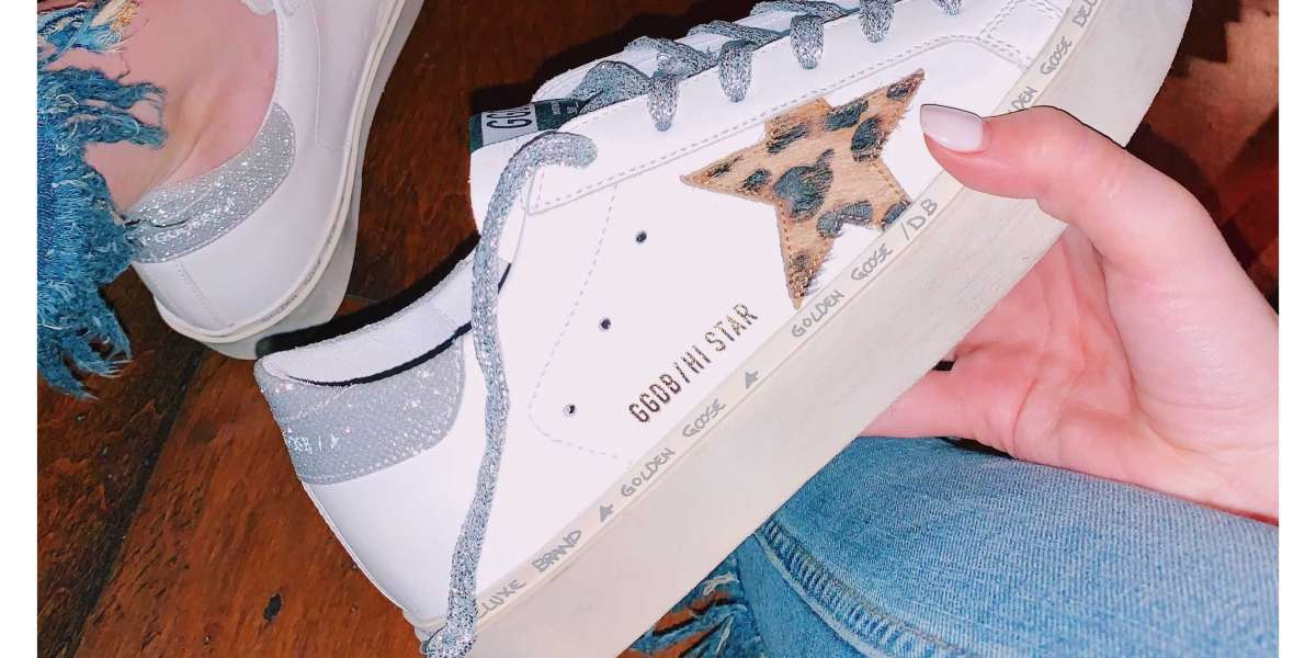 Golden Goose May the box